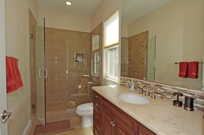 Casita-Detached-Bathroom-La-Quinta